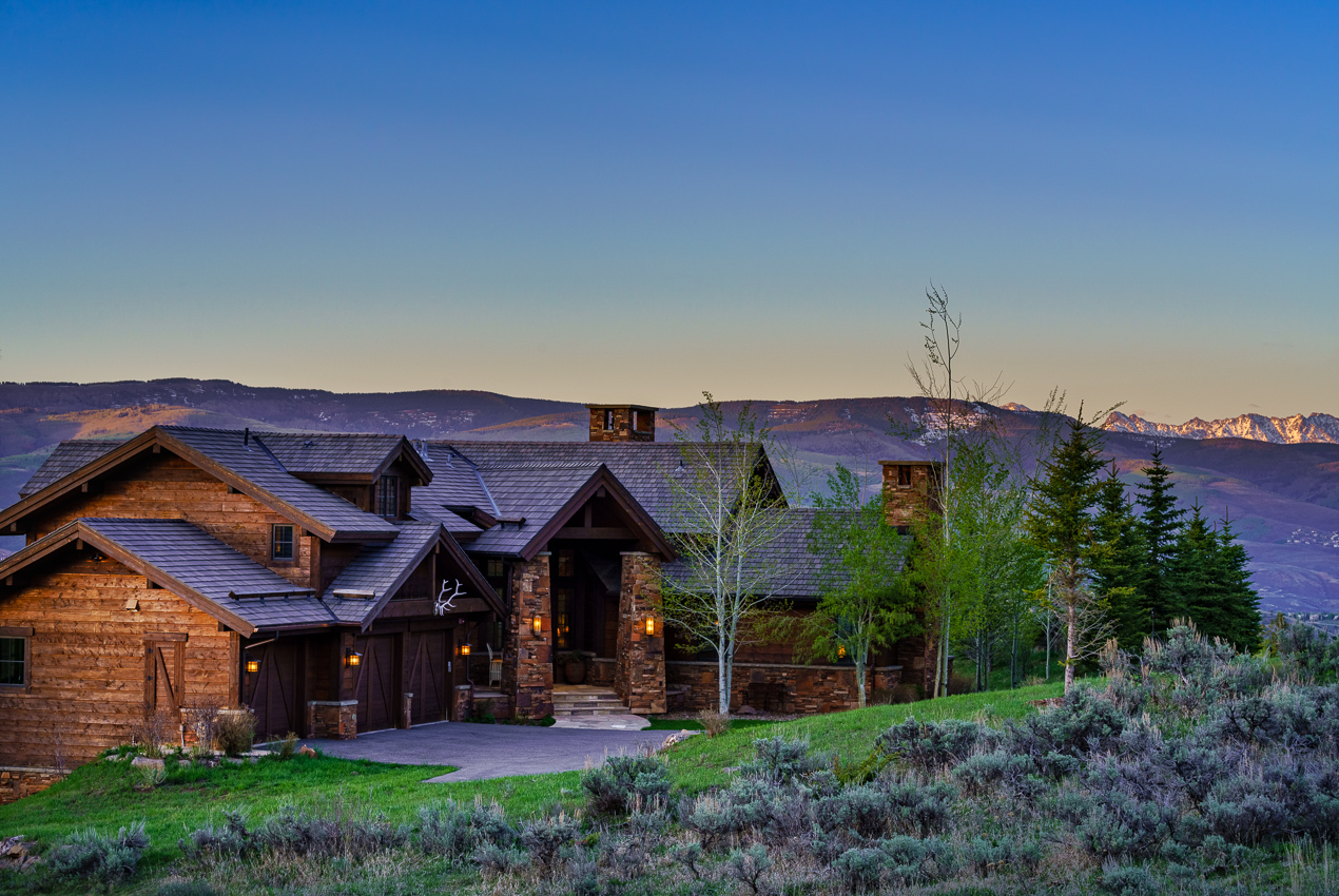Colorado Log Homes in the Vail Valley