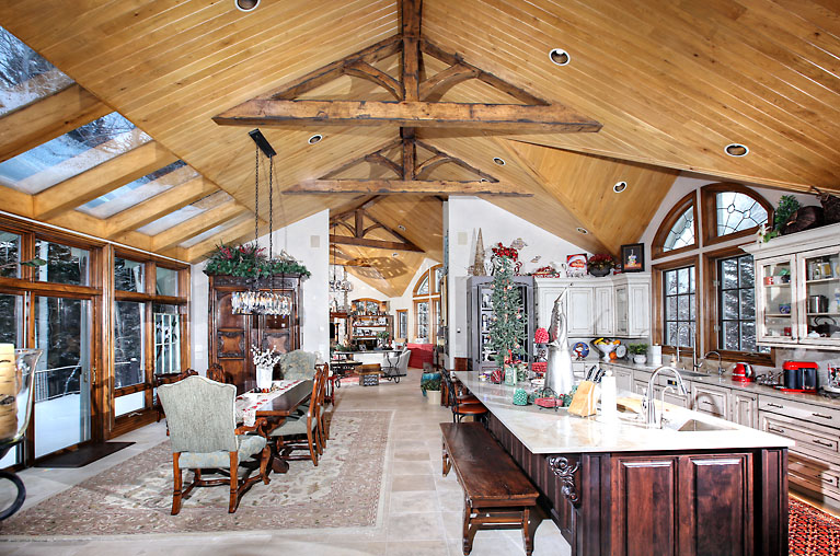 1531 Lake Creek Road            $6,250,000                                        OPEN HOUSE Saturday, March 23 3:00-5:00